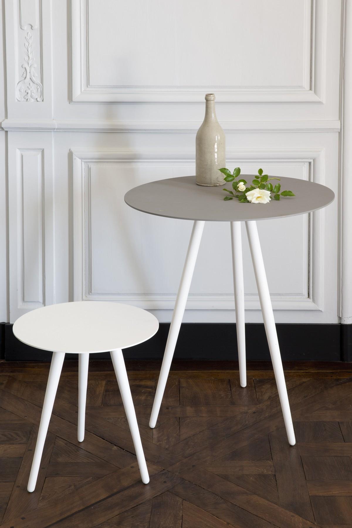Swan Table - Résistub Productions