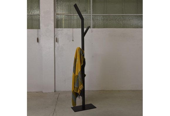 Astor Coat Rack - Résistub Productions